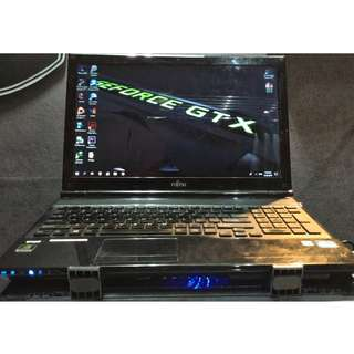 Laptop Fujitsu AH532 (Core i5 / Ivy Bridge / 4 Core) + Cooling Pad