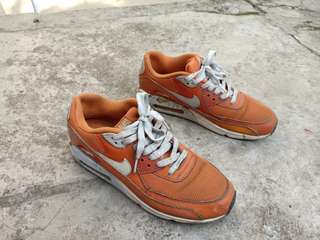 Sepatu Sneakers Nike Airmax Not Jordan Adidas Champion