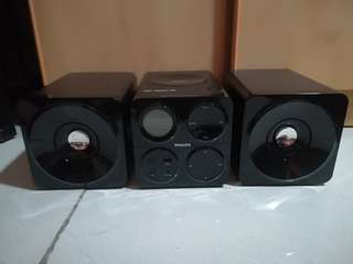 Selling my used speaker,in good condition, meetup? pm me to discuss thanks