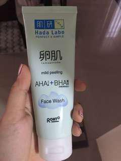 Hada labo facial wash