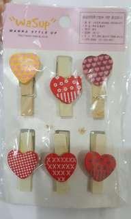 Heart-shape clip