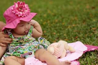 Baby's Hat with flower