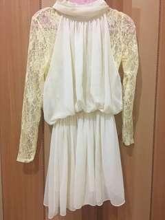 🚚 白色雪紡蕾絲洋裝