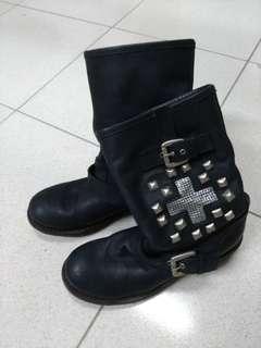 🚚 個性真皮復古軍靴,size 37