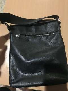 Oleg Cassini messenger bag