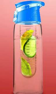 LikeMe - BPA Free Drink Bottle w/Infuser (710ml)