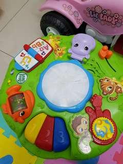 LeapFrog learning musical table