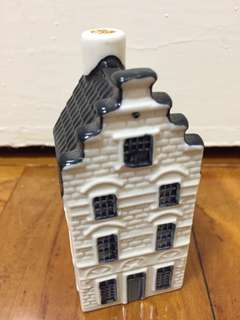 KLM BOLS #34 Blue Delft Holland Amsterdam Minature Canal House with Liquid