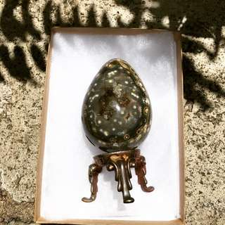 Ocean jasper egg with stand