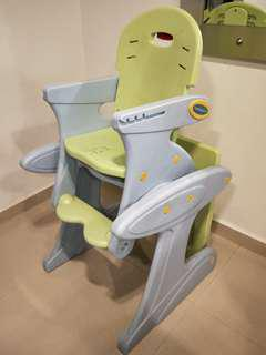 2 in 1 feeding chair with table