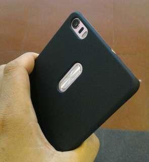 Zenfone 3 ultra 6.8in.