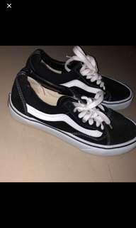 Vanz new!! Original , gapernah dipake . Size 38 / 37