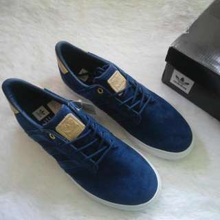 Adidas Seeley Premiere Classified - SIZE 8.5 ONLY