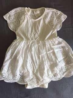 🚚 H&M Dresses (2-6mths)