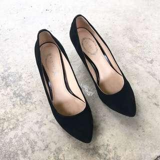 Vincci+ Black Heel