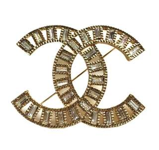 Large Chanel brooch New