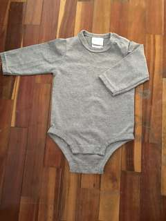 Baby romper baby sleepsuit baby bodysuit (3-6 months)