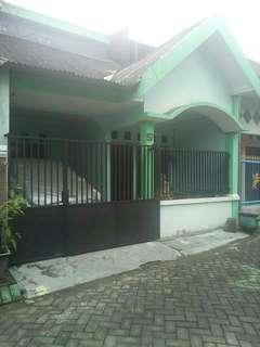 Jual rumah siap huni lokasi pagesangan asri surabaya