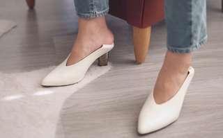 🚚 #全新現貨 免關稅 Jaggar  V 形多變多樣穿法特殊跟淺口鞋 可休閒可正式