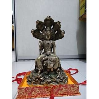 Guan Yin with 5 snakes.