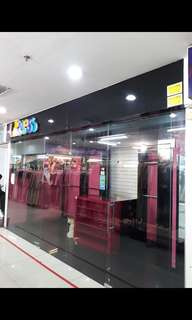 Kios gandeng di pusat kota bppn center mall