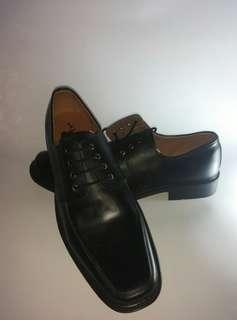 Sepatu casual S Van Dec