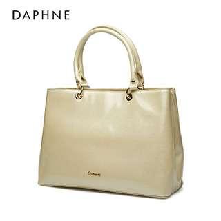 🚚 Daphne/達芙妮春夏款休閒大容量簡約手提包全新清倉 挑戰最低價 任選3件免運費