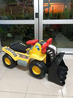 Fisher Price Big Action Load 'n Go Ride On