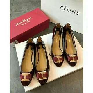 Ferragamo flat/heels