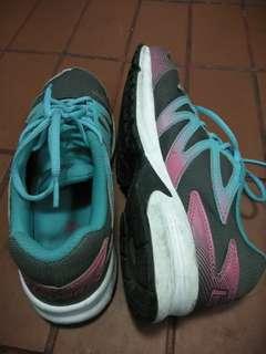 Sepatu  legas size 41 wanita