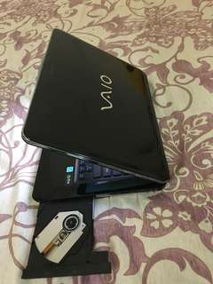 Laptop sony 14inchi