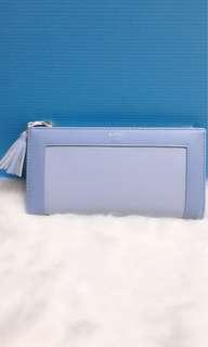 🚚 淺藍色長夾/手拿包