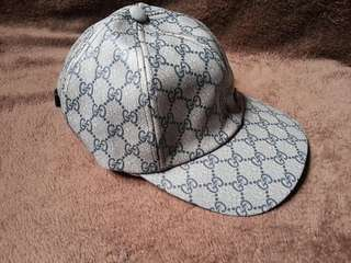 repriced!!Gucci GG sinagture canvass cap hat