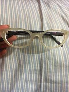 Kacamata minus -6 (kiri kanan) cateye