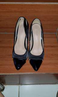 Zalora black shoe