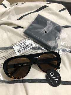 QA - Bold Move sunglasses