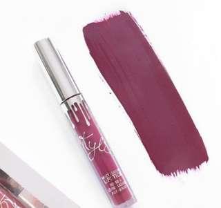 Kylie cosmetics holiday matte lipstick (blitzen)