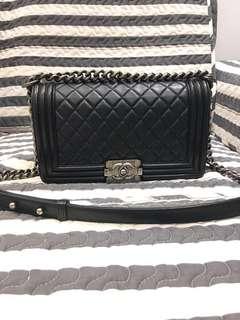 減價 ‼️Boy Chanel