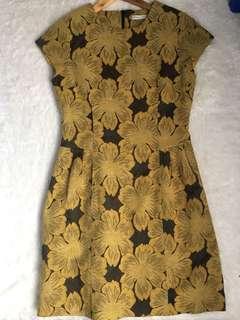 Minimal Olive Flower Dress