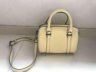Zara 淺黃色 袋 斜孭袋 側孭袋 pale yellow crossbody bag shoulder bag
