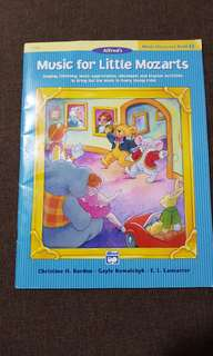 Music for Little Mozart Music Discovery Book 3