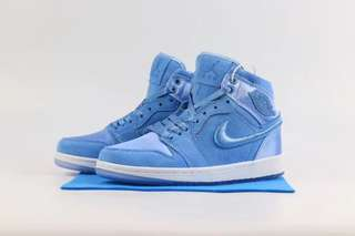Nike Air Jordan 1 Retro Hi Blue