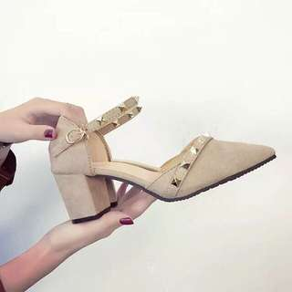 Sandal with heels