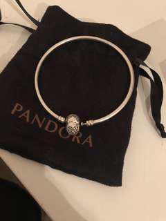 "Pandora ""You Melt my Heart"" Limited Edition Charm Bracelet"