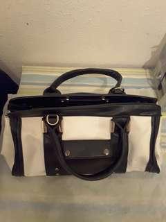 黑白色大型袋