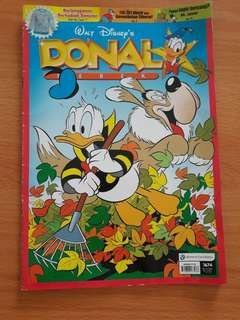 Preloved Komik Donald Buku Besar