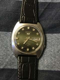 Rare 70s Green Dial Seiko 5 Gents 7019