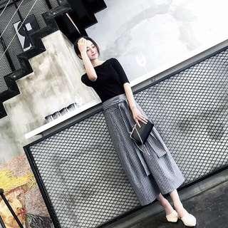 🚚 韓版復古氣質兩件式套裝短袖T恤上衣條紋繫帶長裙