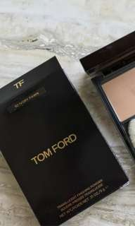🚚 BRAND NEW Tom Ford Translucent Finishing Powder