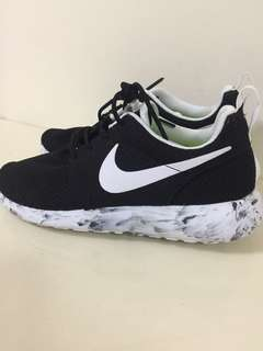 Nike Rosherun shoes roshe run
